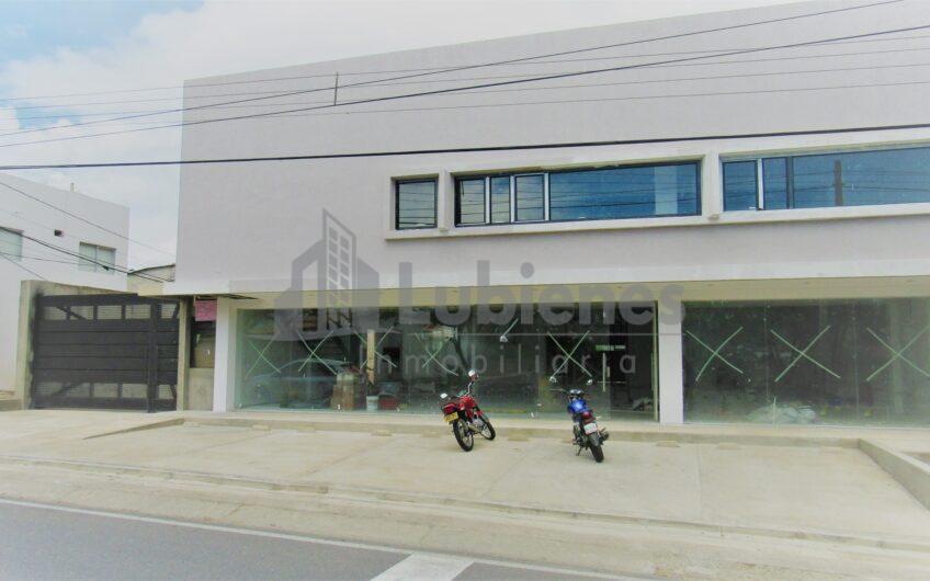 Bodega y Local comercial en los Patios,  avenida Principal,  en arriendo