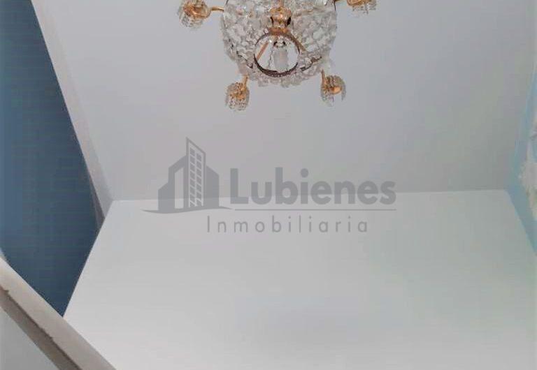 EN VENTA AMPLIA CASA UBICADA EN SECTOR RESIDENCIAL DE LA AV LIBERTADORES