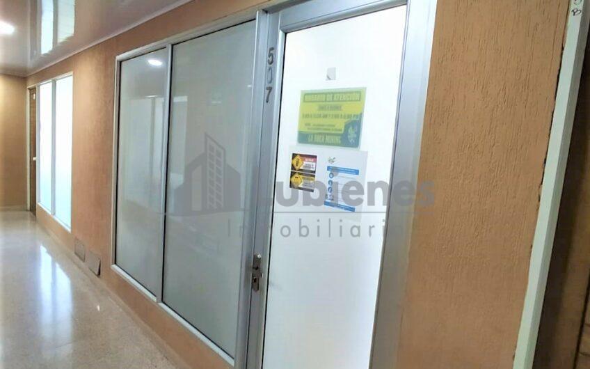 OFICINA AMOBLADA EN EL CENTRO COMERCIAL GRAN BULEVAR